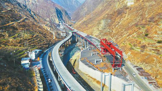 被列为交通运输部科研桥 解开汶马高速克枯特大桥技术密码