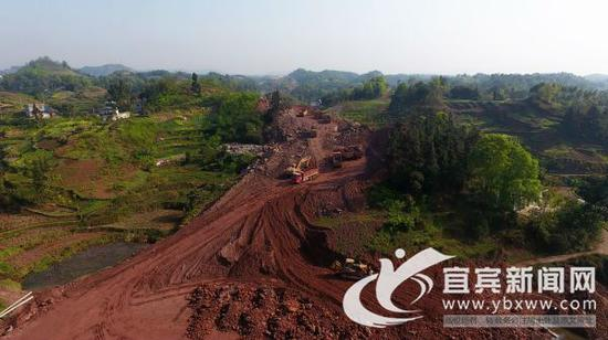 宜宾兴文:纳黔高速连接线二期工程预计10月初通