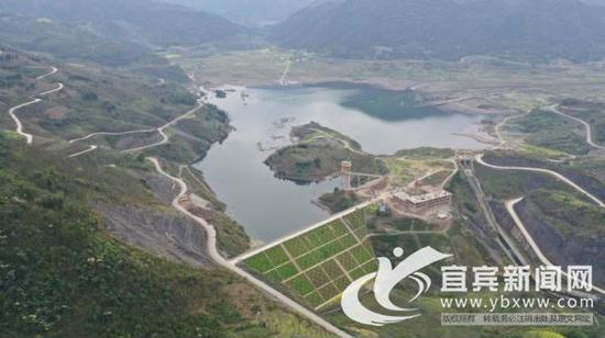 新坝水库。视频截图