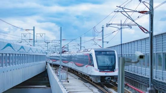 6月27日 成都地铁18号线直通天府国际机场(附出行攻略)