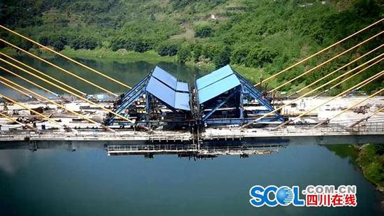 清溪口渠江特大桥预计6月底通车 全长不到700米为何修了5年