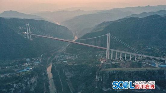 赤水河红军大桥建成交付 南下新通道古习高速全线贯通