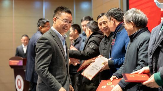 成都大学成立传统工艺研究院