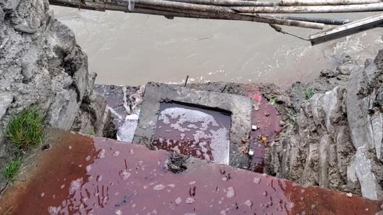 屠宰废水直排岷江