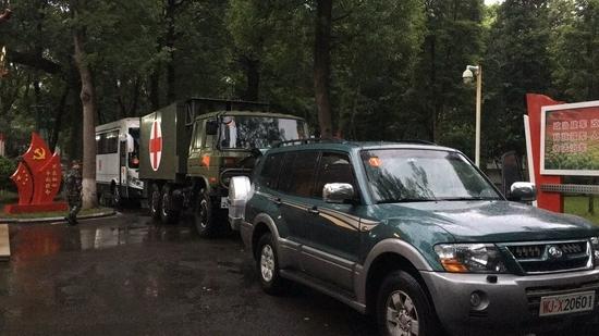泸州发生地震 武警四川省总队医疗队紧急驰援地震灾区