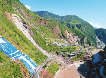 """半个月内多次发生地质灾害 成昆铁路甘洛段为何总是""""受伤"""""""