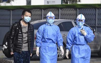 四川首例新型冠状病毒感染肺炎治愈患者的生死18天