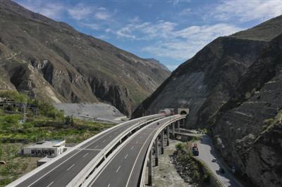 汶马高速开通路段