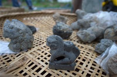 成都发现明代庆符郡王府遗址 出土大量龙凤纹饰建筑构件
