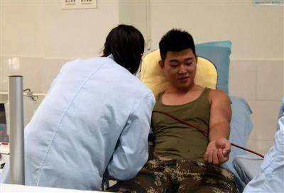 七旬老人急需输血抢救 家人试着给消防队打了个电话
