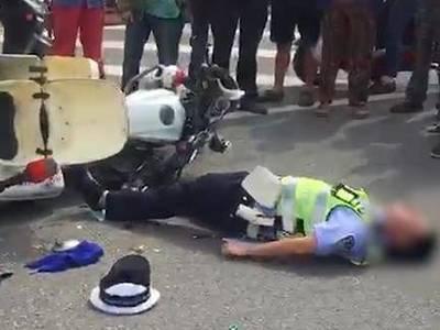 四川射洪交警大队辅警骑摩托与行人发生交通事故