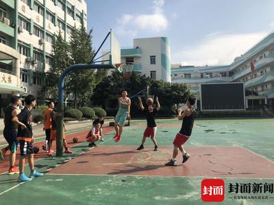 走进四川男子聋人篮球队:篮球让我更自信