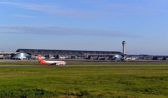 国庆假期 成都机场预计日均吞吐量达16万人次