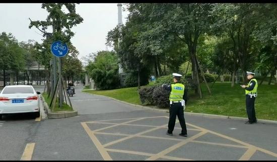 曝光!成都交警发布一批电动自行车逆行交通违法典型案例