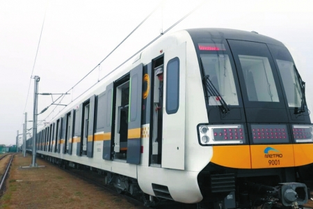 成都地铁9号线全自动列车。
