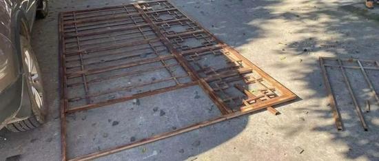 乐山高空坠落铁护栏 官方解决方案出炉