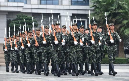 想看天府广场升旗的注意了 今年国庆升旗仪式7点50分举行