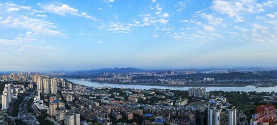 长江泸州城区段 四川省河长办供图