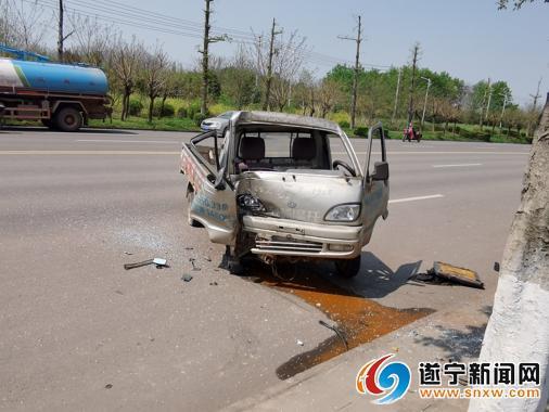 一起交通事故 交警查出驾驶员多起违法行为