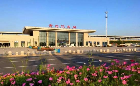 成绵乐客专青白江东站停车场扩建 增加260余个停车位