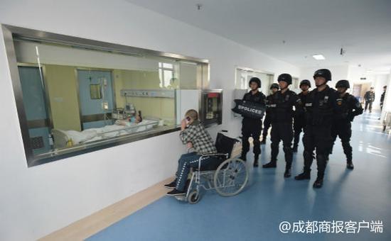 司法部特批囚犯千里转监救病儿 造血干细胞顺利移植父子隔窗相