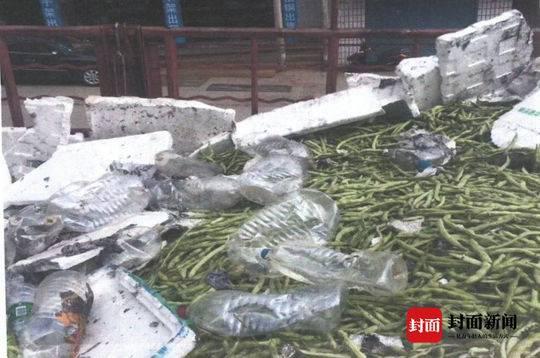货车雅西高速路上自燃 一车价值16万元的蔬菜被烧精光