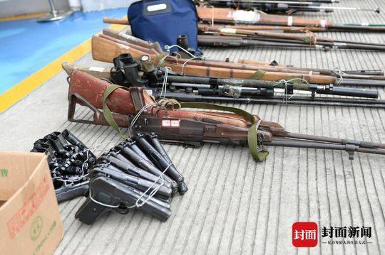 直击秋风专项行动缉枪现场 攀枝花公安收缴各类枪支381支