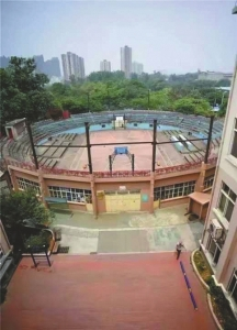 建成于1979年的灯光球场。