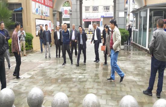 德昌县政协委员开展基层治理调研