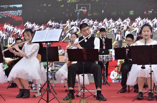 管乐队表演