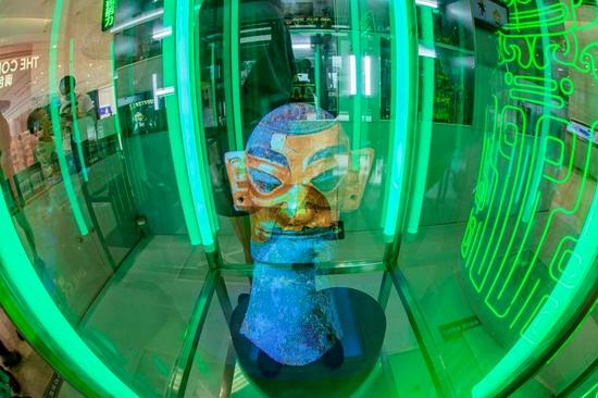 想象无边界光塑超能力成都SM广场三星堆文化巡展惊艳亮相