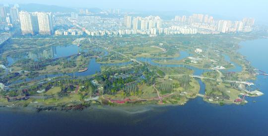 遂宁生态湿地开园媲美4A景区