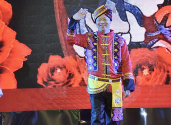 中华民族一家亲·同心共筑中国梦 记感恩季节目《民族