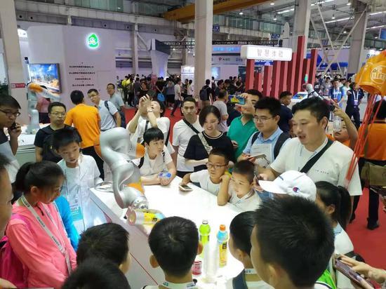 蒲江赴京参加2019世界机器人大会