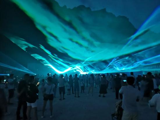 南充凤凰故垒景区首届3D极光水幕艺术节盛大开幕!