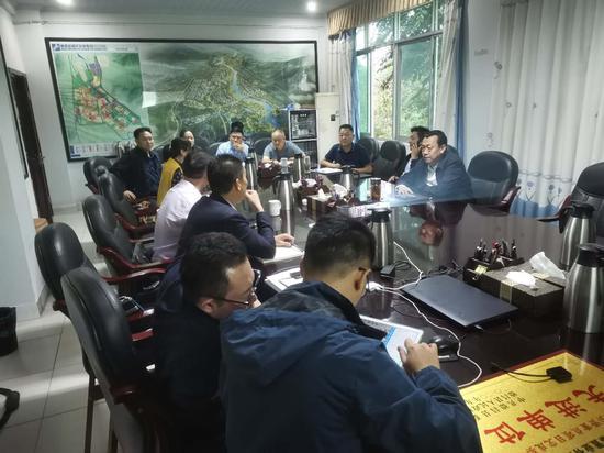 德昌县加快推进60万头智慧养猪园区项目