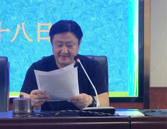 副校长刘靖