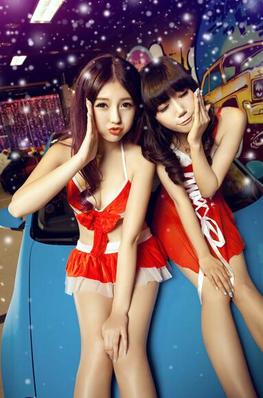 红丝带的咒语圣诞节香车美女秀脚美女图片玉图片