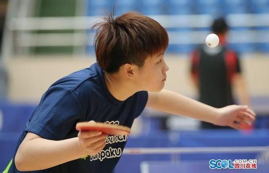 四川开启业余乒乓球联赛新模式 设置百万奖金