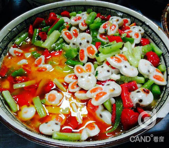 四川高校食堂现最萌菜品 学生:舍不得吃