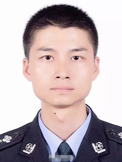 绵阳江油一民警抓捕罪犯 遇车祸不幸身亡