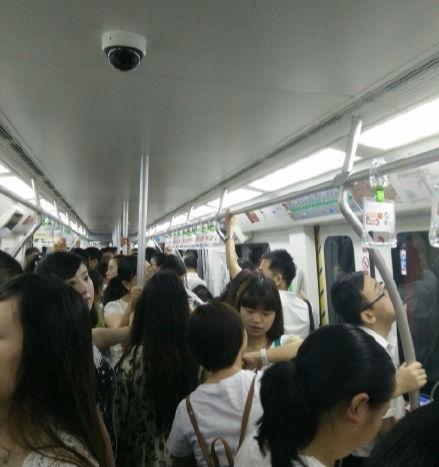 成都地铁内