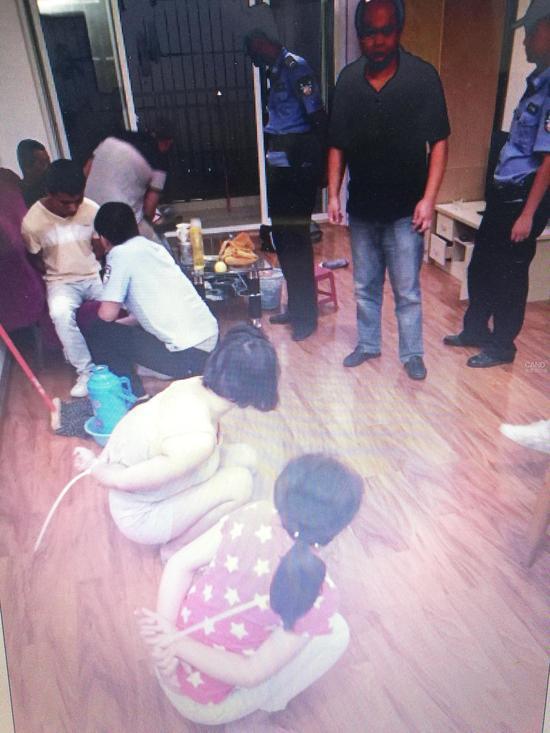 近日,成都市公安局双流区分局破获特大组织、领导传销活动案,抓获组织、参与传销人员70多人,其中刑事拘留50人,捣毁传销窝点15个。