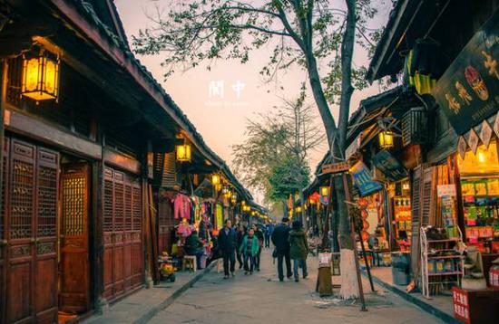 阆中古城:大东街的建筑格局
