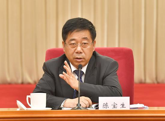 教育部部长陈宝生回应四川团代表