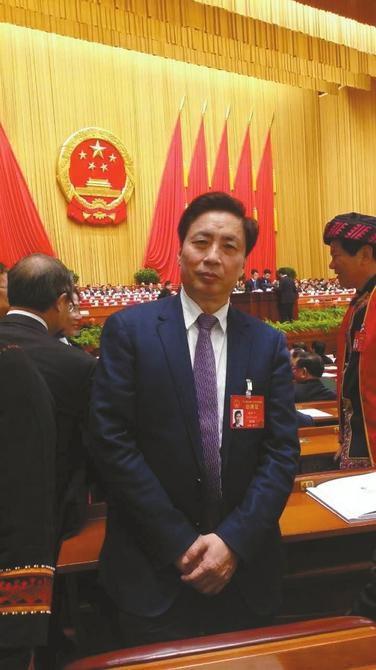 全国人大代表、四川大学校长谢和平。