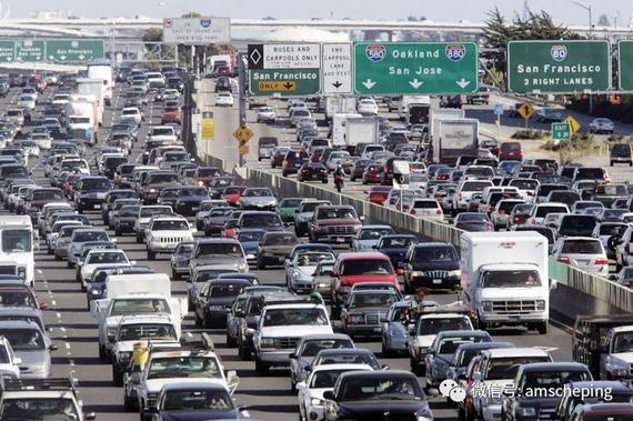都说美国卖车便宜 为何很多人的车很破