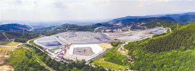 昨日,成都长安垃圾填埋气体综合利用(CDM)项目投产 图为该项目鸟瞰图