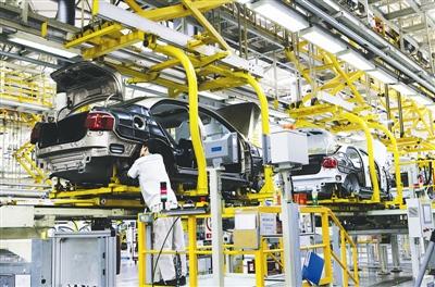 一汽大众成都分公司生产车间 资料图片