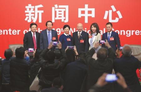 党的十九大举行集体采访聚焦文化发展